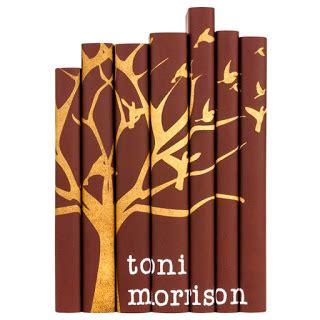 Toni Morrison Playing In The Dark Summary - Toni Morrison